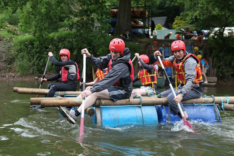 raft building with mojo active on the wye valley