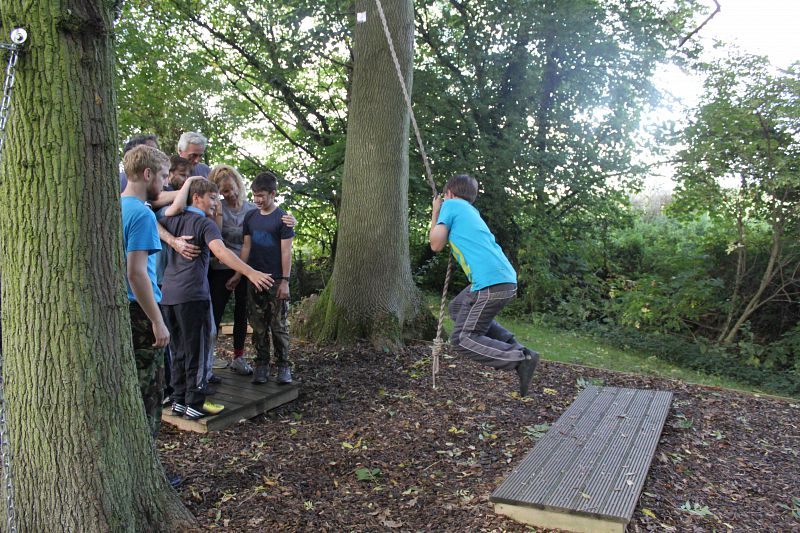 Mojo active low ropes